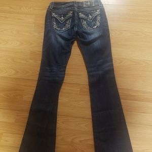 Size 27 Miss Me Signature Boot Jean's